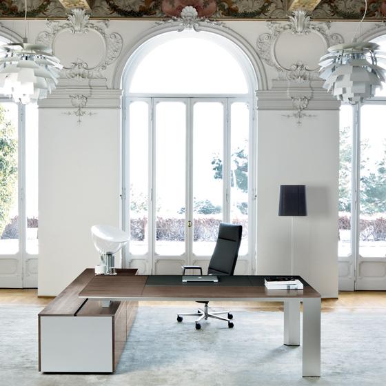 Una Mesa De Lujo Para Tu Despacho