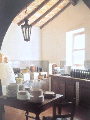 C mo hacer una l mpara con cucharas de pl stico - Como decorar una casa rustica ...