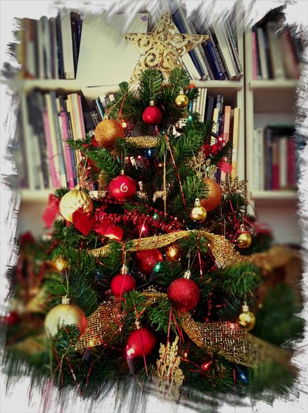 El poto una planta de interior que decora - Arbol de navidad sencillo ...