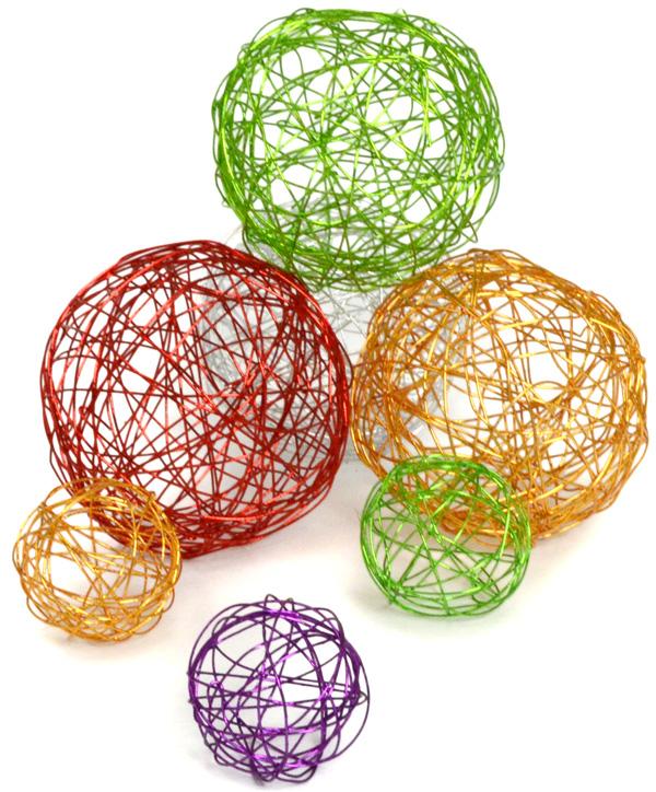 Ideas para hacer un rbol de navidad con malla de plstico - Como hacer bolas para el arbol de navidad ...
