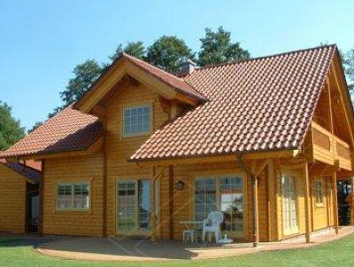 Casa prefabricada de madera de 205 m2 for Interiores de casas prefabricadas
