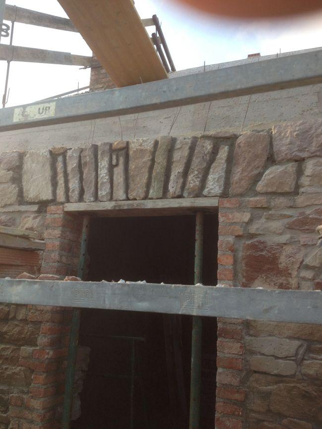 Cmo hacer un dintel con dovelas de piedra for Dintel de madera