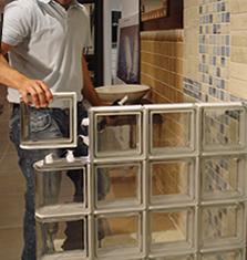 C mo colocar una pared de pav s de vidrio uno mismo - Tabiques de paves ...