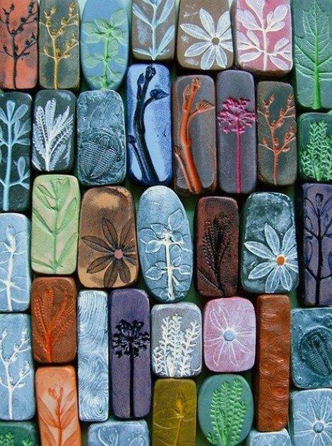 Piedras decoradas y pintadas como adorno de nuestras casas - Piedra de decoracion ...