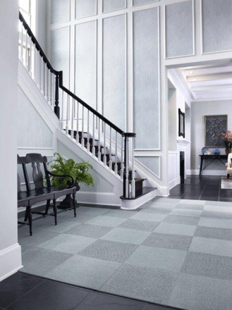 Iluminaci n de recibidores y escaleras en decoraci n for Decorar escaleras con fotos