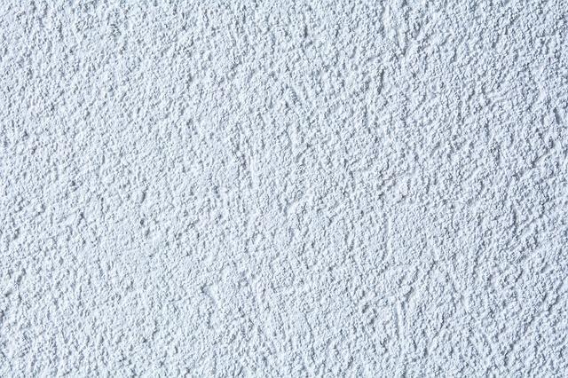 ¿Qué diferencias hay entre la pintura plástica y la pintura mate?