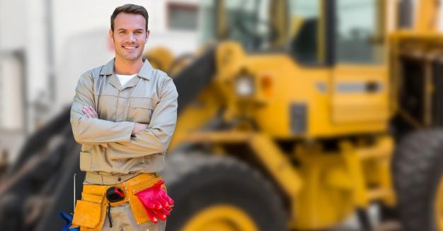 ¿Qué vestuario laboral necesito para verano si trabajo en la construcción?