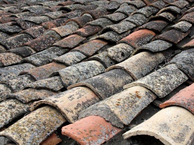 Diferencias entre teja rabe y teja mixta for Tejados de madera y teja