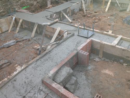 Rehabilitando una casa de campo la cimentaci n - Casas por modulos de hormigon ...